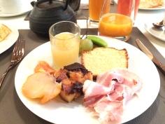 petit dejeuner hotel rennes